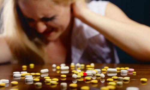 Đau thần kinh tọa nên uống thuốc gì?