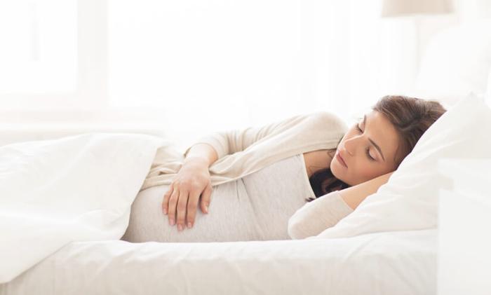 Do tư thế ngủ khi mang thai 1